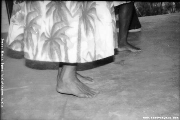 pés_vestido_fv01